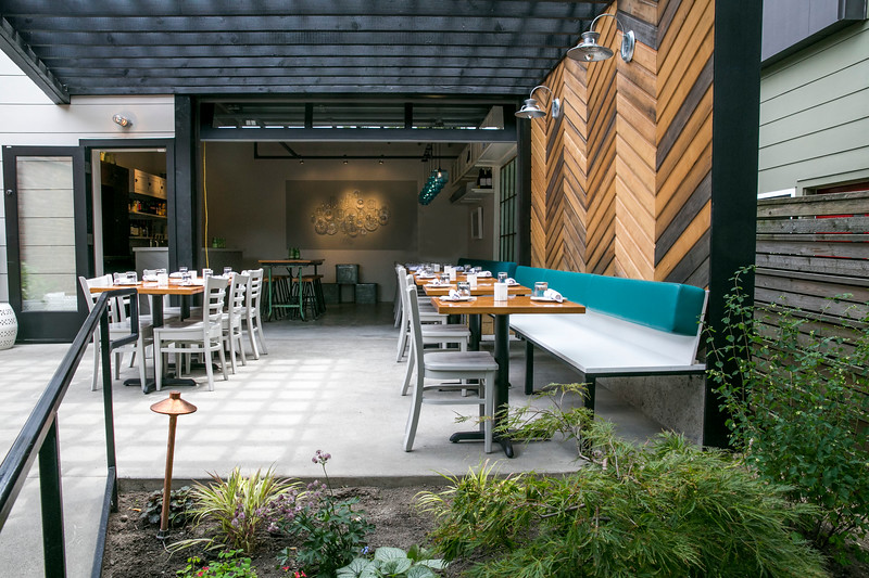 Brimmer and Heeltap Restaurant in Seattle, WA