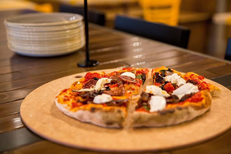 Southpaw - Seattle Pizza