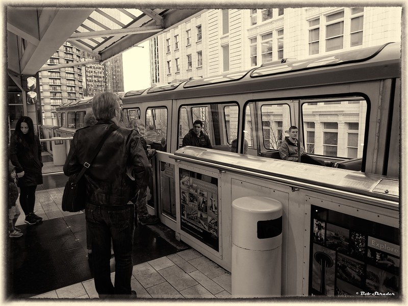 Monorail at Station