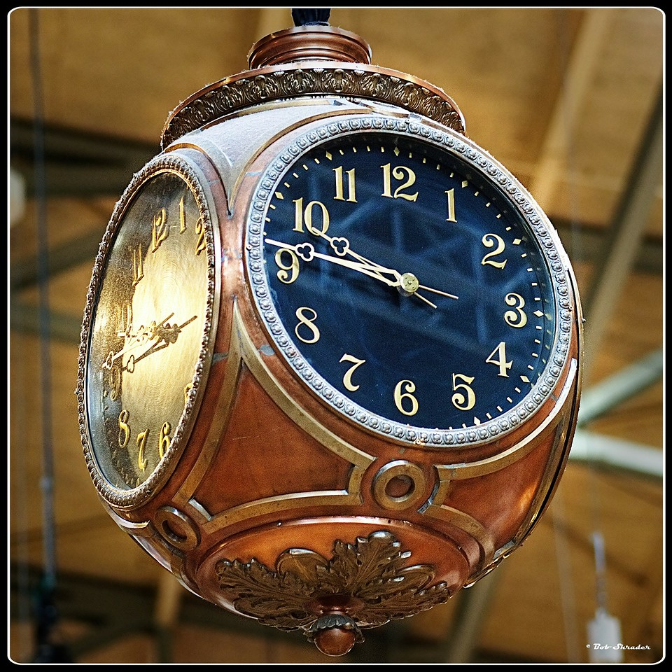 Clock in HDR
