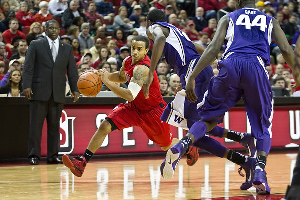Mens Basketball February 22, 2011