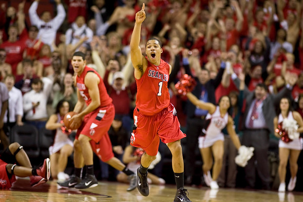 Mens Basketball November 17, 2010