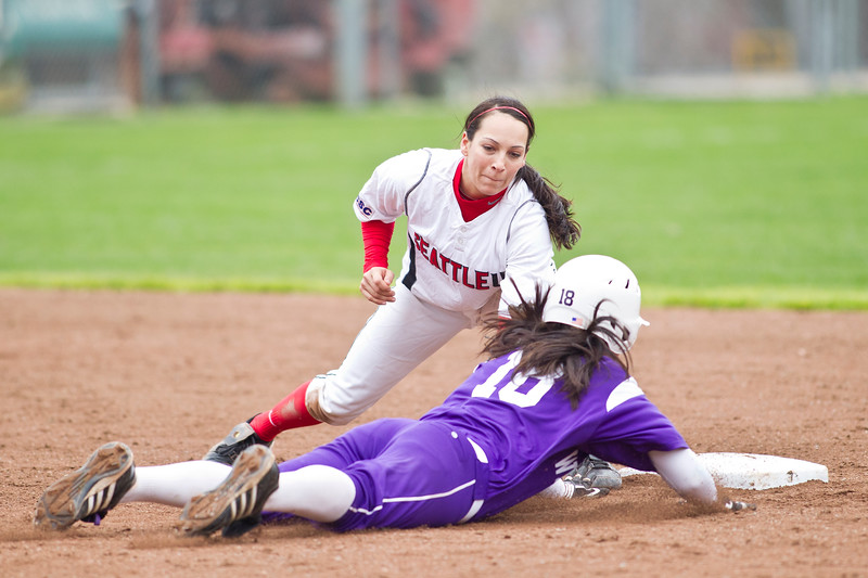Softball Seattle University vs Weber State. Images are for personal use only. Under no circumstances are these photos approved for promoting commercial products or allowed to appear on commercial items. Per NCAA Division I Manual Section 12.5.2.2