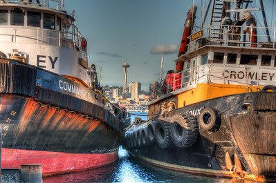 space-needle-tugs