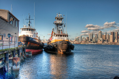 seattle-skyline-tugs