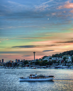 seattle-space-needle-boat-sunset