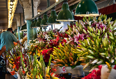 pike-market-flowers