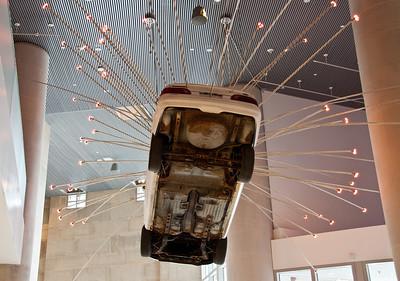 hanging-car-2-2