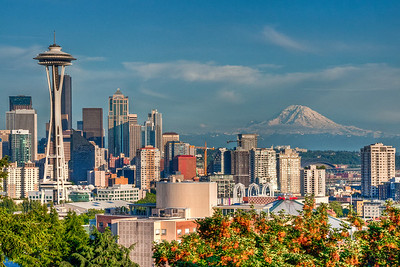 space-needle-rainier-skyline-2