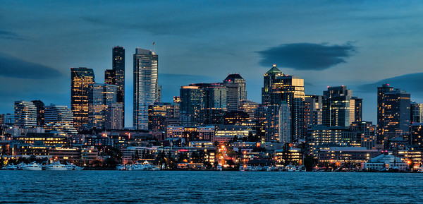 lake-union-skyline-night