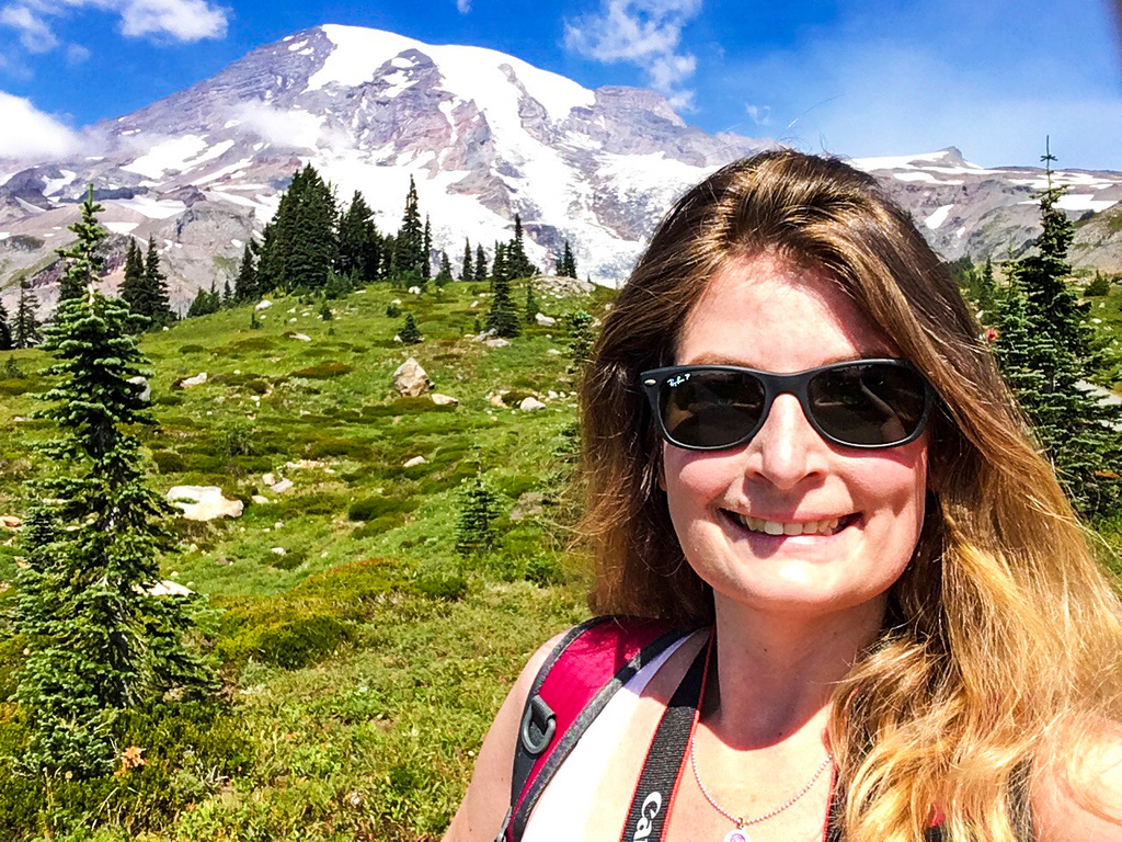 smiling on my mount rainier tour from seattle