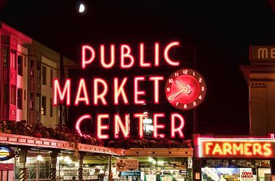 pike-street-market-moon