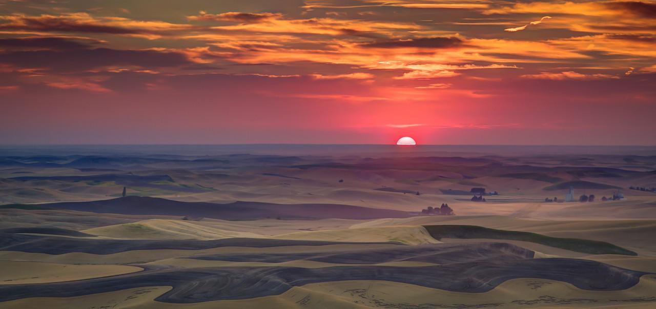 Palouse Sunset  Photographer's Name: Chris Evans