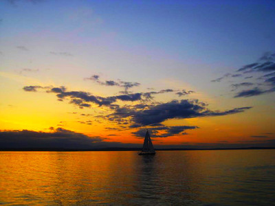 Sunset aboard sailboat at Alki...  Photographer's Name: Kaushal Mehta