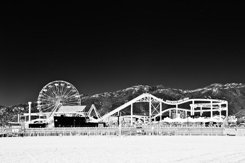 Santa Monica Pier<br /> <br /> Photographer's Name: Greg Rubstello