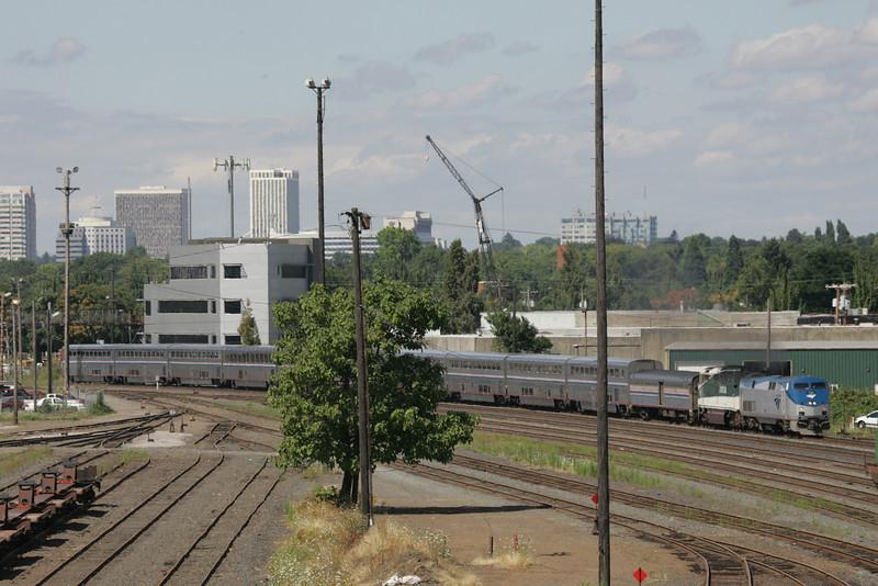 Coast Starlight Portland Brooklyn Yard<br /> <br /> Photographer's Name: Railway Imaging