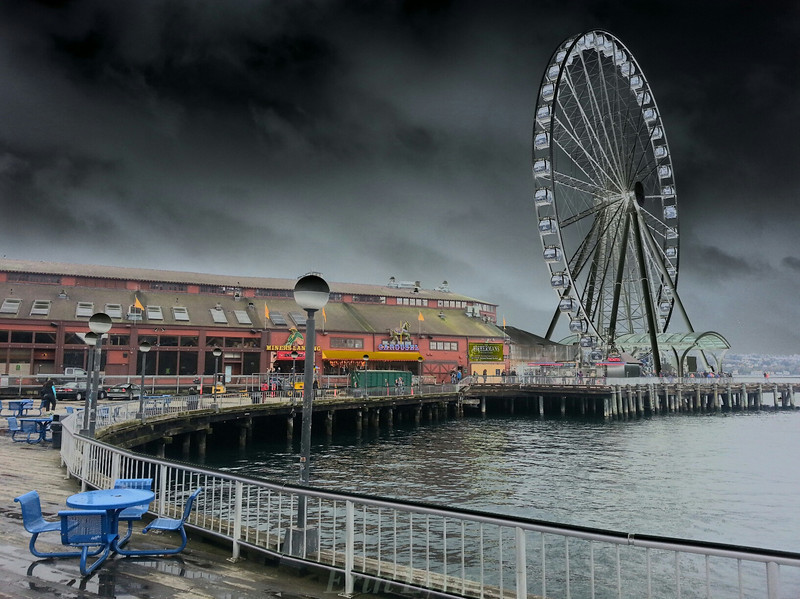 "Stormy Seattle Wheel   <a href=""http://www.erinlynnseattle.com"">http://www.erinlynnseattle.com</a><br /> <br /> Photographer's Name: Erin Lynn"