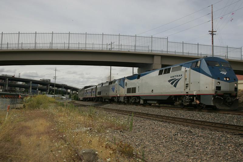 Coast Starlight Leaving Portland<br /> <br /> Photographer's Name: Railway Imaging