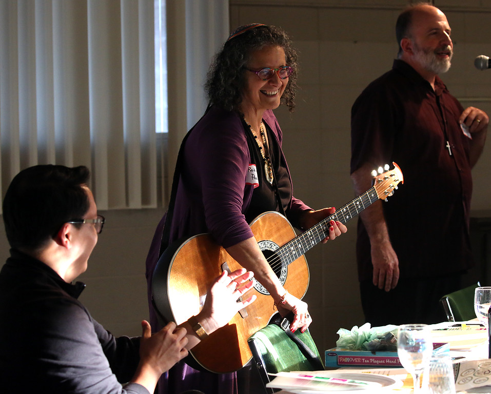 . Interfaith Passover Seder with Temple Beth El and Resurrection Catholic Community in Aptos on Thursday March 22, 2018. (Shmuel Thaler -- Santa Cruz Sentinel)