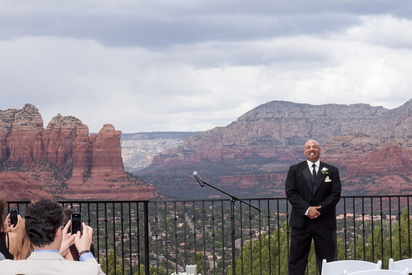 Laura & Tim's Wedding at Sky Ranch Lodge