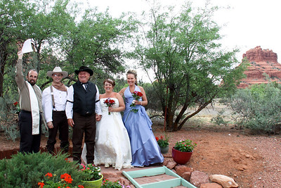 Cozy Cactus Wedding in Sedona