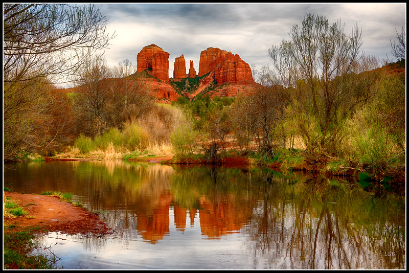 Cathedral Rock reflection in Red Rock Crossing
