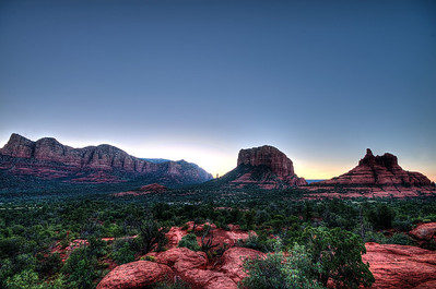 Sunrise in Sedona from Yavapai