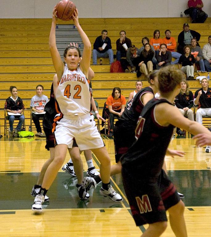 Girls Varsity vs Middleton 2007 Hol Tourney