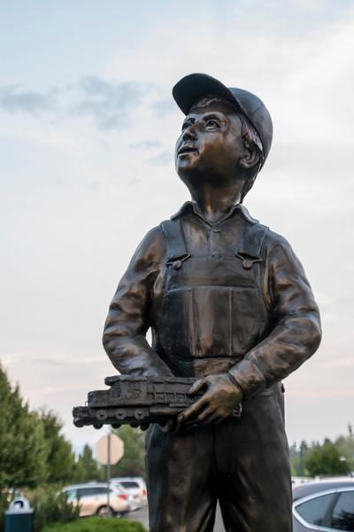 Bronze sculpture at Whitefish MT train station