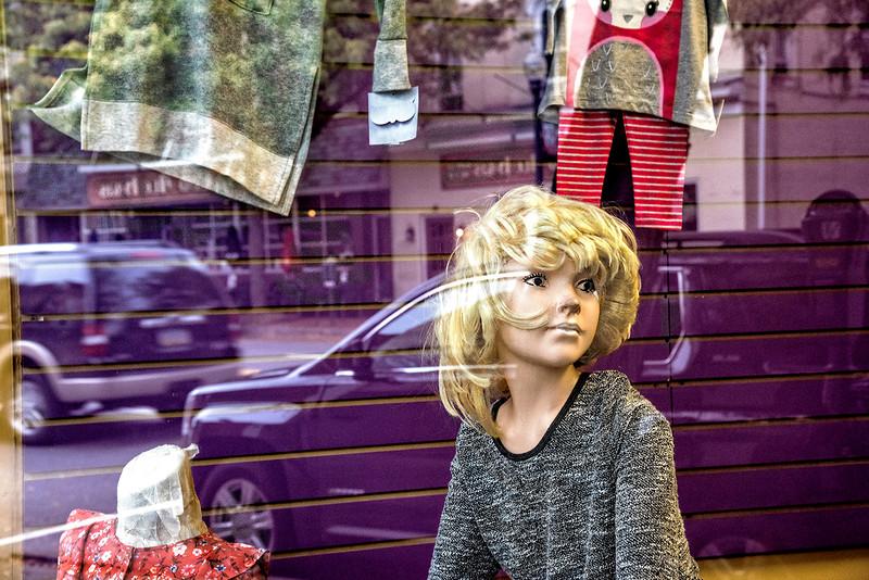 Purple Vehicles, Purple Street, Mannequin