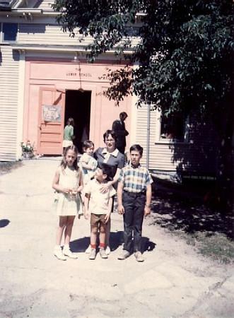 Jess and kids, 1969