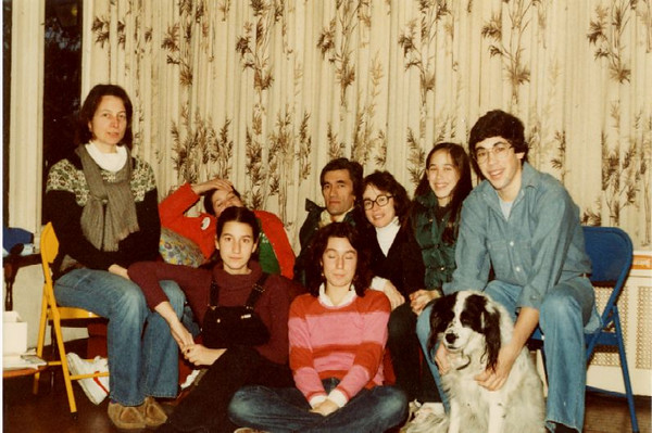 Segre, 2 fams and saucy, 1980