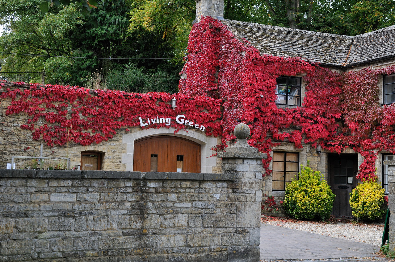 "Living ""Green"" - Bourton on the Water, England"