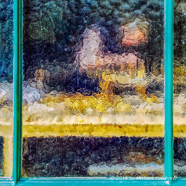 Artisan through Frosted Glass, Le Marais, Paris (2015) [Michael Karchmer]