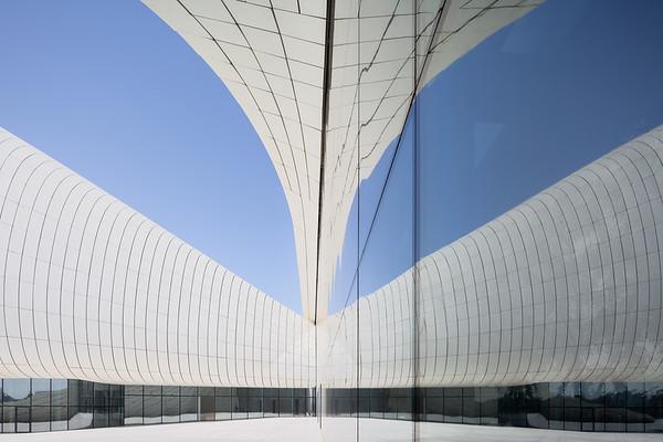 Heydar Aliyev Center_17