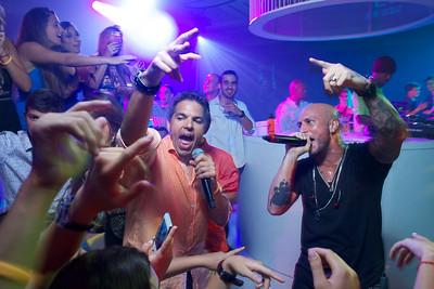 Alex & Fido Singing