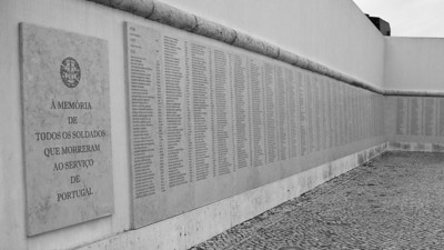 Overseas war memorial