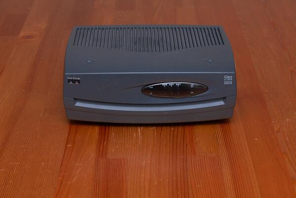 Cisco 1751-V front