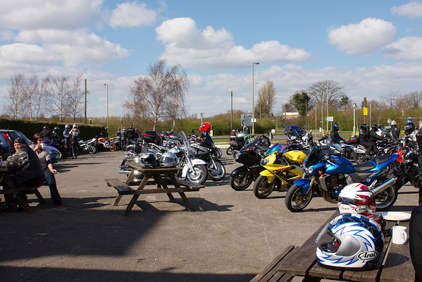 Sun and motorcycles at the H-cafe