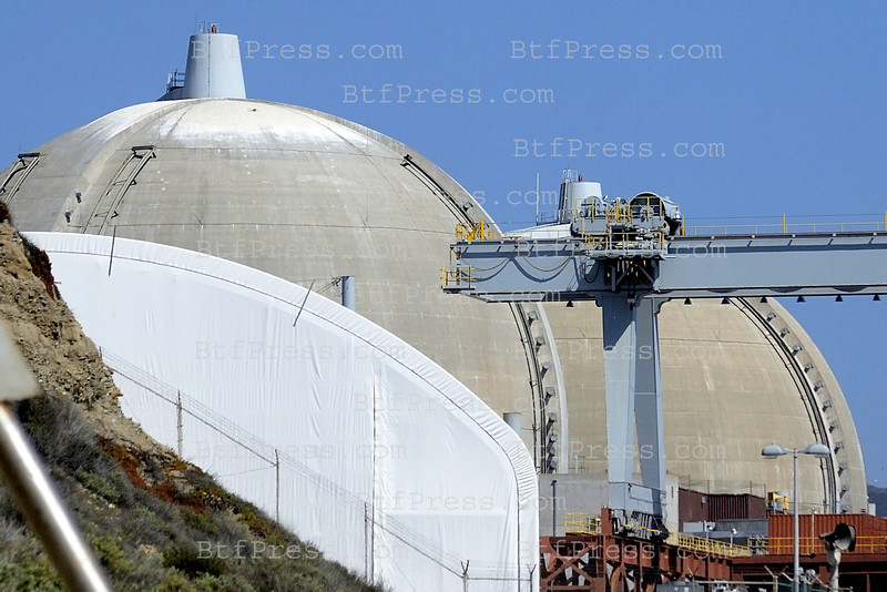 San Onofre nuclear plant plant has been shut down since January due to problems with unusual wear in steam generator tubes. <br /> Even San Onofre, which has one of the worst safety records of nuclear power plant, during the weekend hundred of surfers, fisherman and families stay close to the nuclear plant for the day,