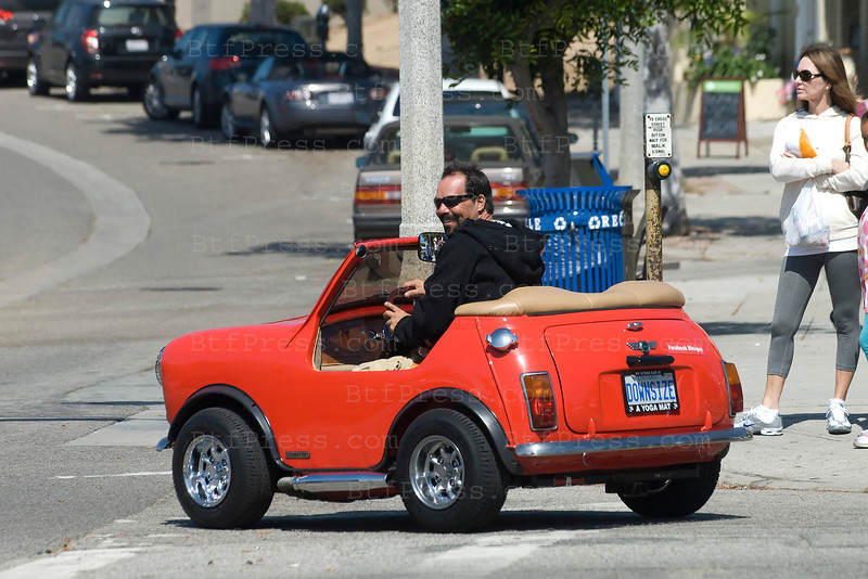 Exclusive--- Mini-Mini cooper call Downsize, in Pacific Palisades, ithe car is fast enought to drive on a regular road and much pleasant to ride on a scenic road.