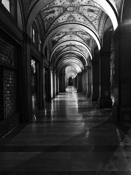 Arcades, Bologna, Italy