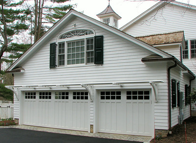 177 - 298630 - New Canaan - Garage Trellis