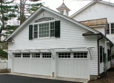 177 - 298630 - New Canaan - Garage Trellis