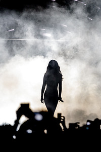 Selena Gomez performs at the Valley View Casino Center