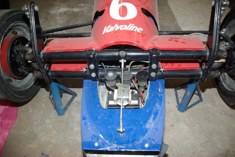 Battery in nose, see air intake below it.