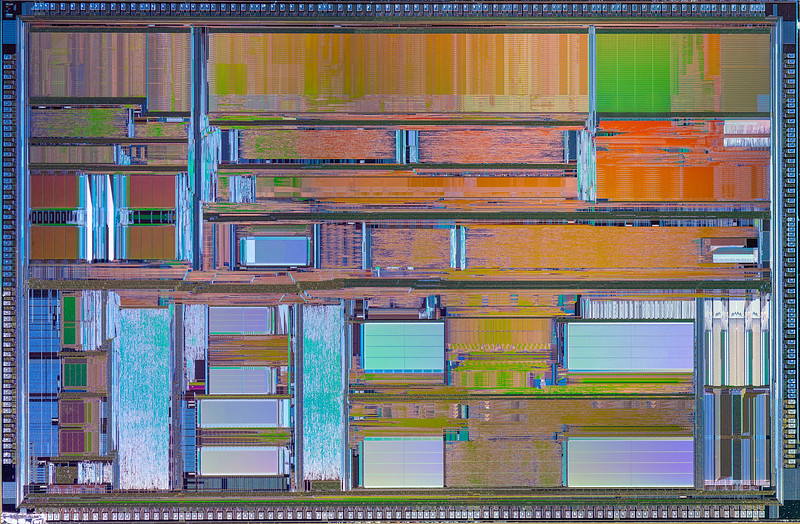 AMD K5 CPU  Mosaic - Canon 50D - 35mm Macrophoto - 22 stacked images for each grid section, there were 9 individual grid sections. Then each grid  was stitched together using MS ICE.