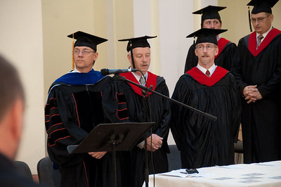 ERSU Seminary Graduation 2010 - Staff and graduates
