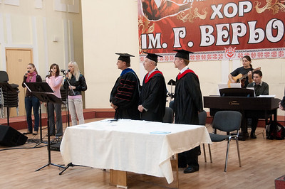 ERSU Seminary Graduation 2010 - Praise team from Presbyterian Church of the Holy Trinity lead in song