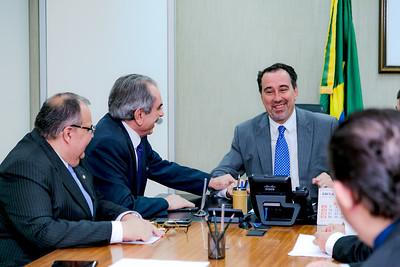 250418 Senador Raimundo Lira e Ministro da Saúde Gilberto Occhi _Foto Felipe Menezes_002_
